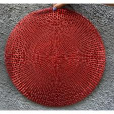Салфетка сервировочная 40 см ажурная красная из ПВХ