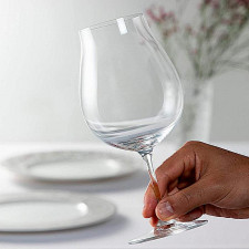 Набор бокалов VINUM 2 шт.6416/16 для кр.вина NEW WORLD PINOT NOIR 0,7 л,подар. уп. Riedel